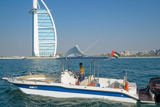 My Dubai Cruises 40 Foot Yacht 04