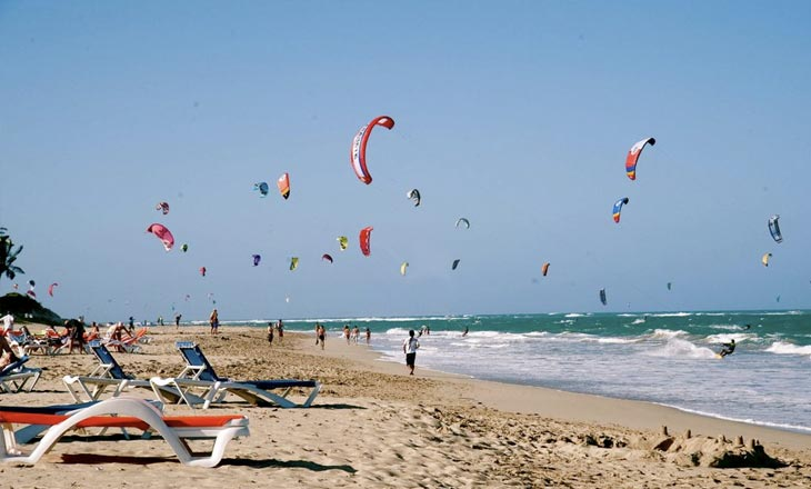 Must visit beaches Plan Out Dubai blog - Kite Beach